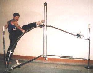 В. Жаворонков. Тренажер для развития гибкости суставов